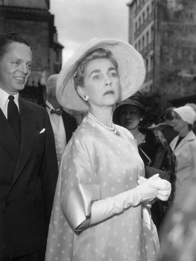 Đời buồn của nữ thừa kế xinh đẹp: Chưa từng được yêu thương, trải qua 7 cuộc hôn nhân cuối cùng chết trong cô độc, nghèo khó - Ảnh 10.