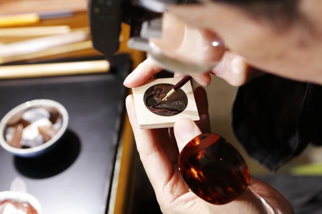 Chopard đem tới đồng hồ vàng hồng sơn mài năm Canh Tý bản giới hạn 88 chiếc dành riêng cho giới thượng lưu - Ảnh 2.