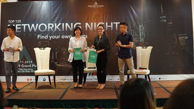 Nhân tài hội tụ trong đêm tiệc kết nối lớn nhất miền Bắc Networking Night 2019: Chưa bao giờ làm quen với các nhà tuyển dụng lại dễ dàng đến thế! - Ảnh 2.