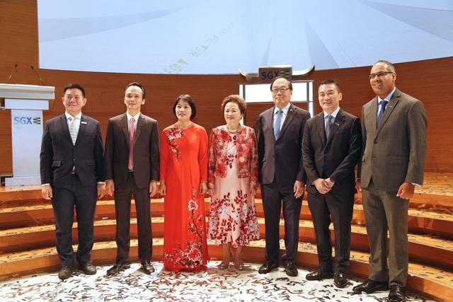 Chủ tịch FLC đánh cồng mở màn phiên giao dịch 20 năm thành lập Sàn Chứng khoán Singapore, hẹn khởi động lại việc niêm yết FLC tại Singapore năm 2020 hoặc 2021 - Ảnh 2.