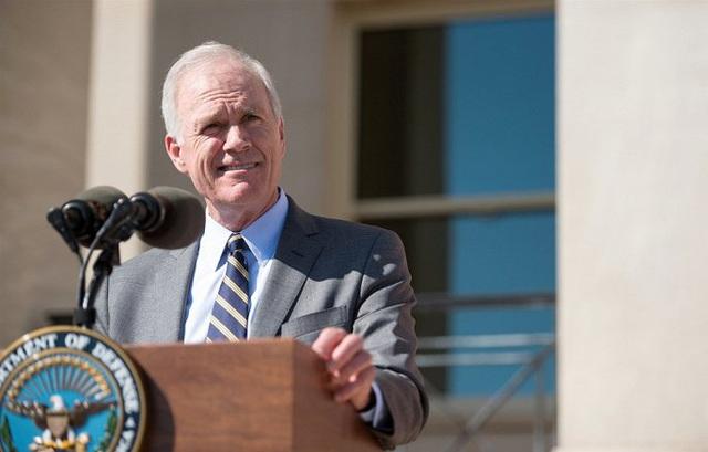 Bộ trưởng Hải quân Mỹ bị sa thải do mâu thuẫn với Nhà Trắng - Ảnh 1.