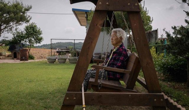 Bệnh dịch tự tử của người Hàn ở Mỹ: Khi áp lực đè nặng bắt nguồn từ câu chuyện thần thoại xa xưa và nỗi lòng không phải ai cũng thấu - Ảnh 4.