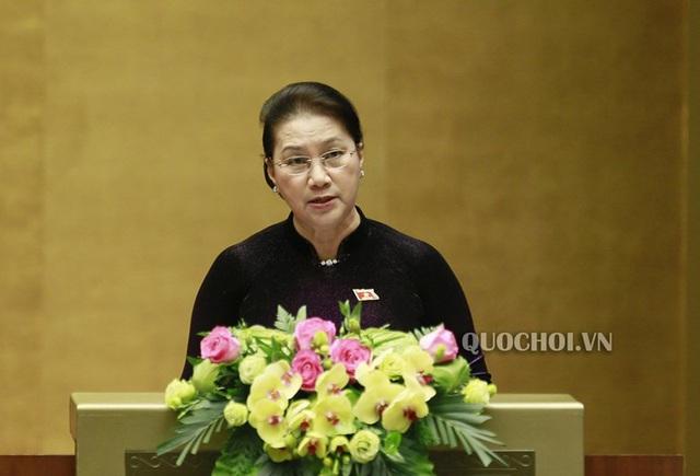 Chủ tịch Quốc hội Nguyễn Thị Kim Ngân: Thế giới và khu vực có nhiều biến động phức tạp, Quốc hội yêu cầu theo dõi sát tình hình để ứng phó phù hợp - Ảnh 1.