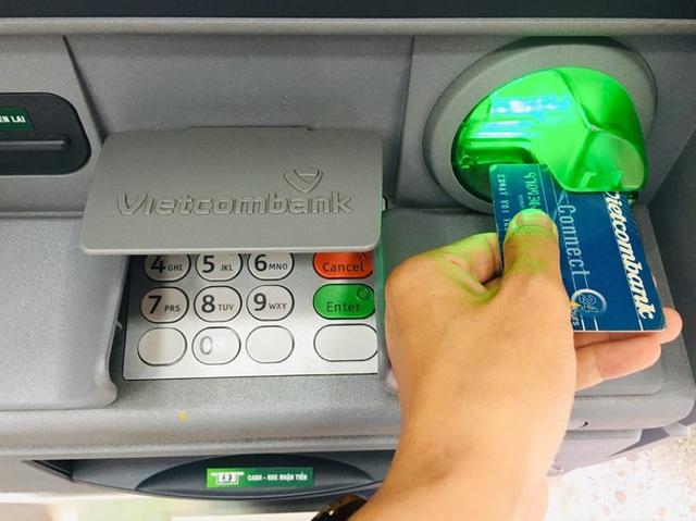 Sắp có quy định giúp người chuyển khoản nhầm lấy lại tiền - Ảnh 1.