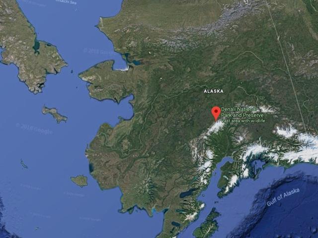 25.000 USD/đêm nghỉ trong nhà gỗ xa xỉ bên vách núi tuyết - Ảnh 2.