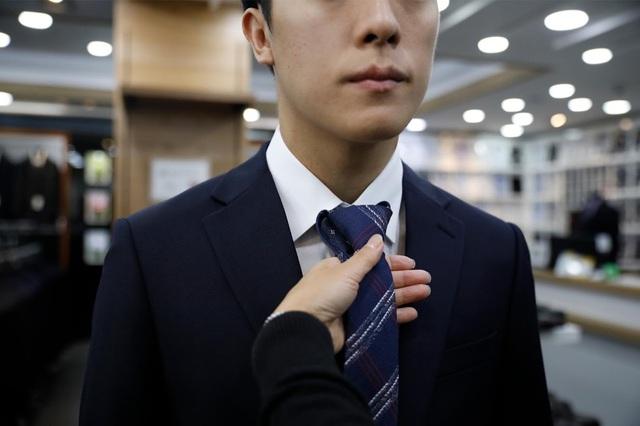 Chùm ảnh: Thảm cảnh của những thanh niên mang kiếp thìa bẩn ở Hàn Quốc - Ảnh 6.