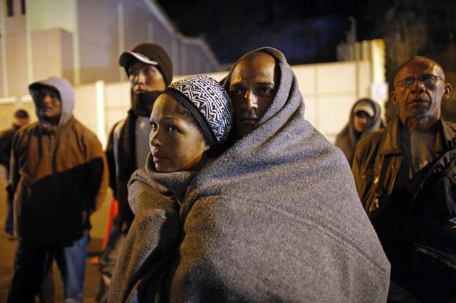Bi kịch của khủng hoảng di cư toàn cầu: Hàng nghìn ngôi mộ vô danh, thi thể chất chồng nơi biên giới và người thân đợi chờ đến tuyệt vọng - Ảnh 5.