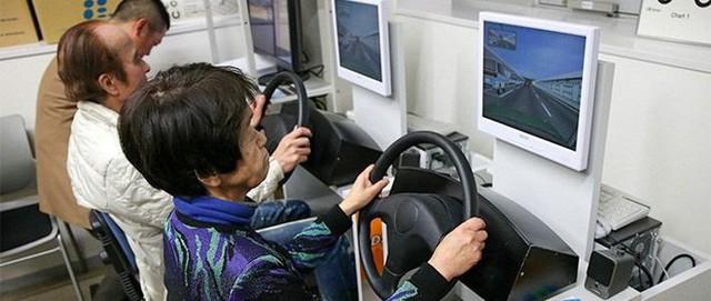 Câu chuyện về những tài xế lão niên của Nhật Bản: 70 tuổi vẫn trên từng cây số, cấm cũng dở mà để yên cũng không xong - Ảnh 9.