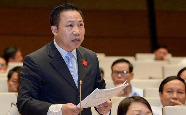 ĐB Lưu Bình Nhưỡng chất vấn Bộ trưởng Trần Tuấn Anh về cán bộ bị tố được bổ nhiệm thần tốc - Ảnh 1.