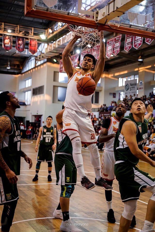 Nam thần cơ bắp của đội tuyển bóng rổ Việt Nam dự SEA Games 30: Đang học thạc sĩ tại Mỹ, trở về Việt Nam vì muốn cống hiến cho tổ quốc - Ảnh 3.