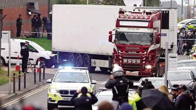 Nhìn lại thảm kịch 39 thi thể trong container đông lạnh ở Anh  - Ảnh 1.