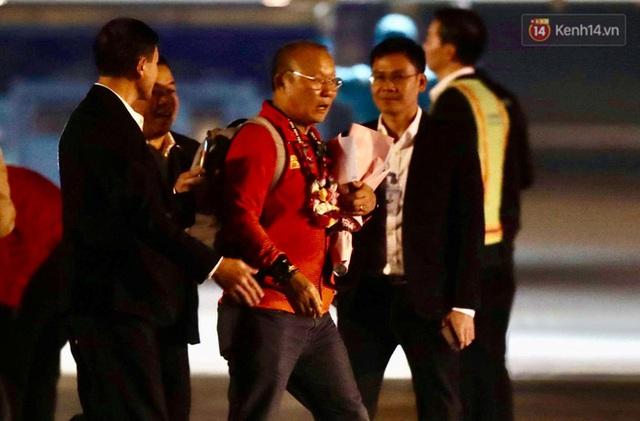 Thủ tướng Nguyễn Xuân Phúc gặp mặt và dùng bữa tối thân mật với các nhà vô địch SEA Games 30 - Ảnh 39.