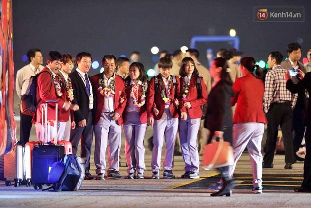 Thủ tướng Nguyễn Xuân Phúc gặp mặt và dùng bữa tối thân mật với các nhà vô địch SEA Games 30 - Ảnh 43.