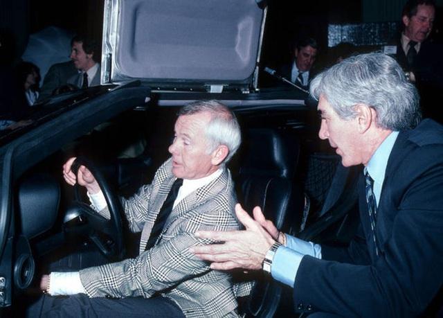 Trước Tesla Cybertruck, chỉ có duy nhất 1 chiếc xế hộp bọc thép không gỉ, được sản xuất từ tận năm 1983 - Ảnh 8.