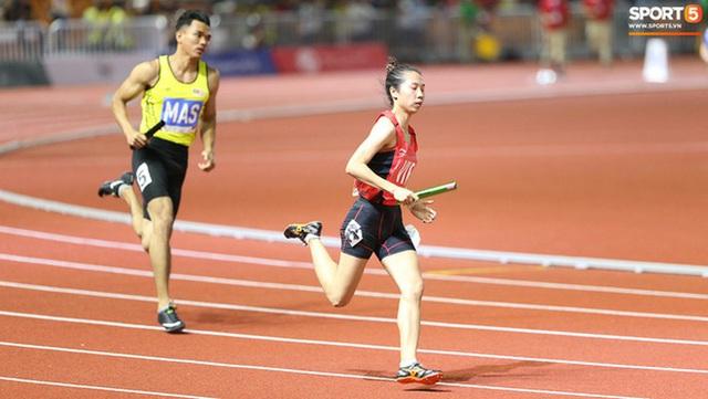 Top 10 khoảnh khắc ấn tượng nhất tại SEA Games 30 của Đoàn thể thao Việt Nam - Ảnh 1.