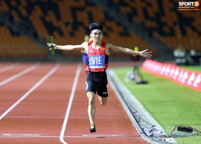 Top 10 khoảnh khắc ấn tượng nhất tại SEA Games 30 của Đoàn thể thao Việt Nam - Ảnh 3.