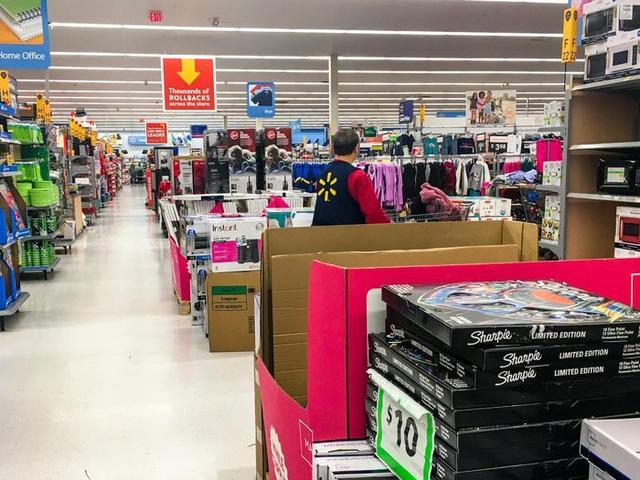 Walmart đã thay đổi gì trong thập niên qua? - Ảnh 1.