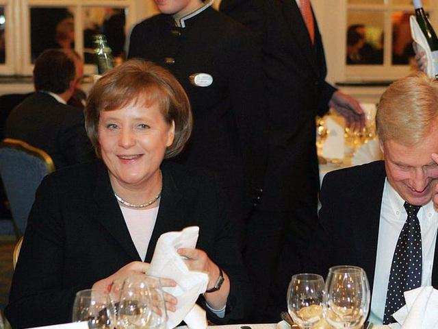 Cuộc sống đời thường giản dị tới bất ngờ của người phụ nữ quyền lực nhất thế giới: Thủ tướng Angela Merkel - Ảnh 1.