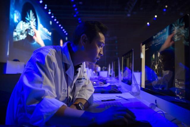 Trớ trêu tham vọng thống lĩnh ngành AI của Trung Quốc: Nhân tố trọng yếu phụ thuộc rất nhiều vào đối thủ lớn nhất, cách đào tạo lỗi thời và kỹ sư thiếu không gian thực hành! - Ảnh 1.