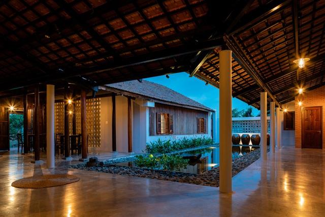 Sau phục dựng, ngôi nhà truyền thống ở Củ Chi được so sánh với ốc đảo - Ảnh 13.