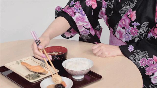 Công thức bữa ăn 1 món súp, 3 món phụ: Nghệ thuật ăn uống lành mạnh giúp người Nhật có sức khỏe dồi dào, kéo dài tuổi thọ - Ảnh 2.