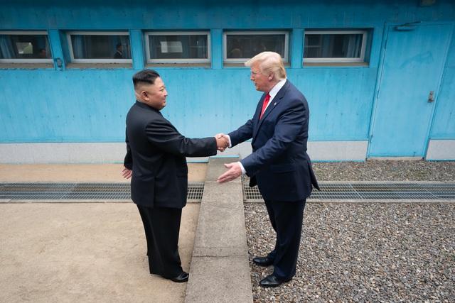 Những bức ảnh lột tả chính trị thế giới trong năm 2019: Một năm sóng gió - Ảnh 14.