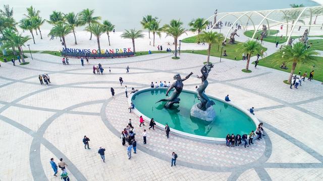 Cận cảnh khu đô thị tại Hà Nội có biển hồ nước mặn và hồ nước ngọt nhân tạo trải cát trắng lớn nhất thế giới - Ảnh 4.