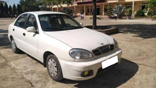 Có 100 triệu mua đã được những mẫu xe ô tô nào tại Việt Nam? - Ảnh 1.