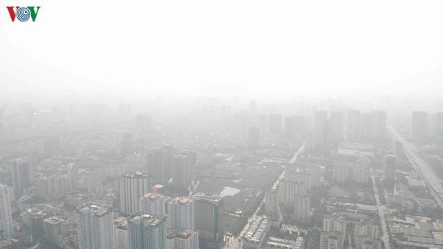 """Đến bao giờ người Hà Nội mới được """"hít thở"""" không khí sạch? - Ảnh 1."""