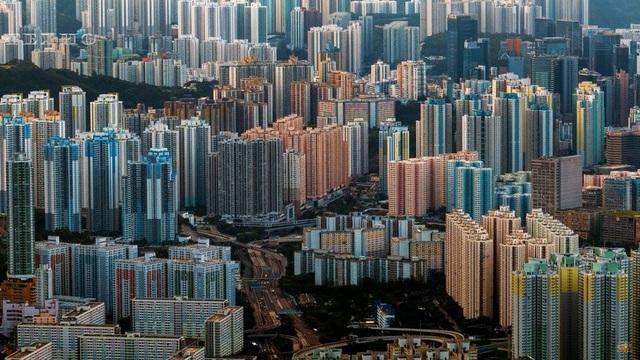 Bên trong những tòa nhà chọc trời ở Hongkong - Ảnh 2.