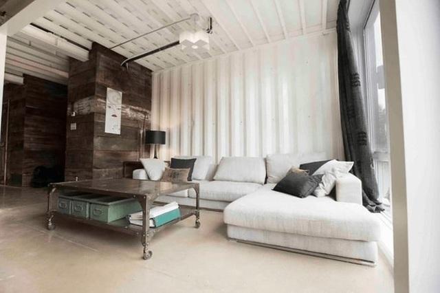 Bất ngờ với ngôi nhà tuyệt đẹp được thiết kế từ 4 chiếc container - Ảnh 4.
