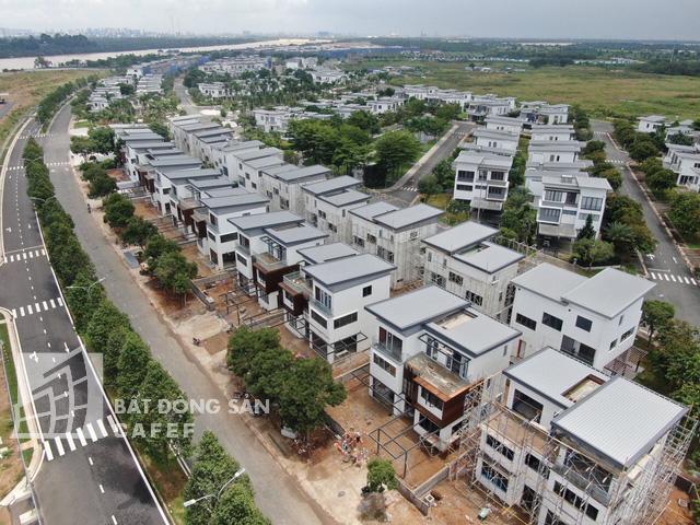 Bên trong khu dinh thự triệu đô ven sông của giới nhà giàu ở ngay canh Sài Gòn - Ảnh 6.