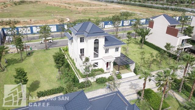 Bên trong khu dinh thự triệu đô ven sông của giới nhà giàu ở ngay canh Sài Gòn - Ảnh 15.