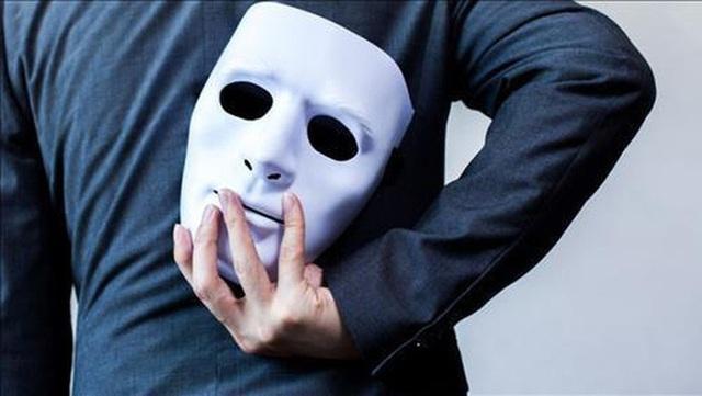 3 hành vi thường gặp của kẻ tiểu nhân, nhìn vào là biết ai nên chơi ai nên tránh xa - Ảnh 1.