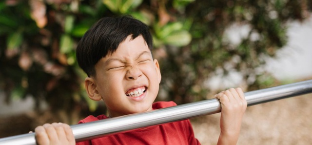 Không phải nhờ IQ cao, những đứa trẻ luôn may mắn, thành công sở hữu 3 kỹ năng quan trọng này từ nhỏ: Nhiều người biết nhưng rất ít cha mẹ chú trọng dạy con - Ảnh 2.