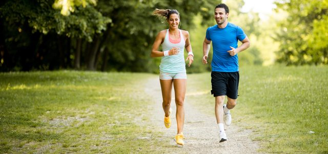 Chạy bộ 1 giờ tinh thần hưng phấn, sau 1 tháng giảm căng thẳng, 1 năm sức bền tăng, cuộc sống thay đổi: Thì ra đó là lí do nhiều người nghiện môn thể thao này đến vậy - Ảnh 2.