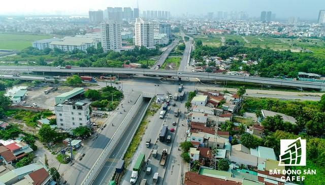Cận cảnh những dự án giao thông đang làm thay đổi thị trường bất động sản TP.HCM - Ảnh 10.
