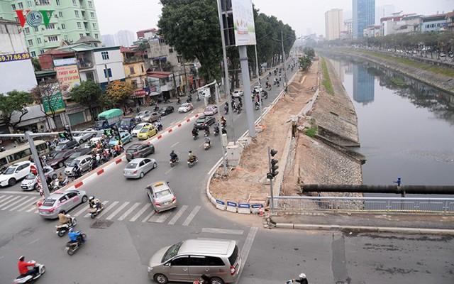 Sau cắt xén, 2 tuyến vành đai của Thủ đô rộng thênh thang sạch đẹp - Ảnh 11.