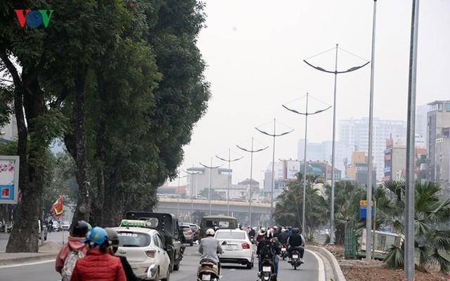 Sau cắt xén, 2 tuyến vành đai của Thủ đô rộng thênh thang sạch đẹp - Ảnh 9.