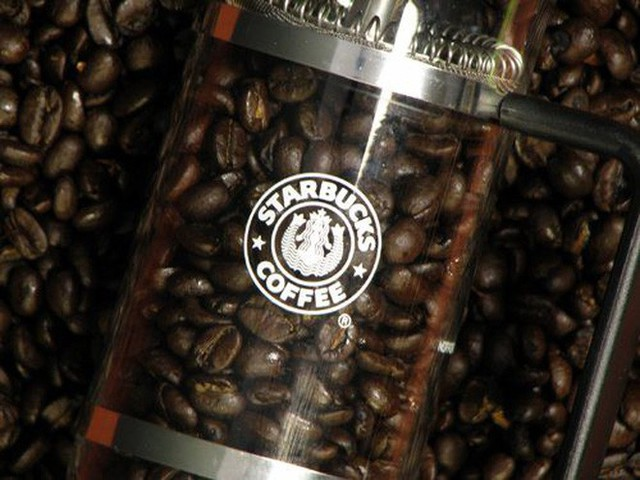 Phép màu nào đưa Starbucks từ một cửa hàng rang cafe thành chuỗi thương hiệu trị giá trăm tỉ đô? - Ảnh 5.