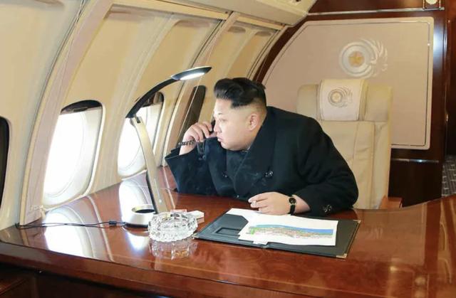 Khám phá chiếc chuyên cơ kín tiếng của nhà lãnh đạo Triều Tiên Kim Jong Un - Ảnh 1.