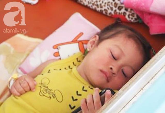 Dịch sởi đang diễn biến bất thường nhưng nhiều bà mẹ vẫn anti vaccine: Coi chừng mất mạng con - Ảnh 9.
