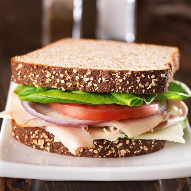 Theo các chuyên gia dinh dưỡng hàng đầu thế giới, những loại thực phẩm này là kẻ thù của tim mạch - Ảnh 1.