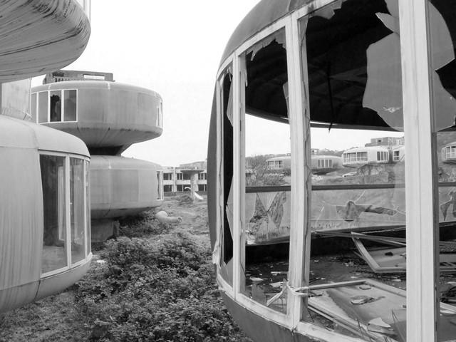 6 dự án bất động sản bỏ hoang kỳ lạ nhất trên thế giới - Ảnh 6.