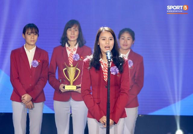 Duy Mạnh cắm cờ trên tuyết được chọn là khoảnh khắc ấn tượng nhất của thể thao Việt Nam năm 2018 - Ảnh 10.