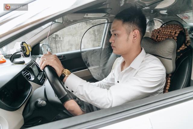 Người thiết kế vách ngăn bảo vệ cho tài xế taxi ở Hà Nội: Mình quan tâm nhất là tính mạng của họ, vì mình cũng từng là tài xế! - Ảnh 10.