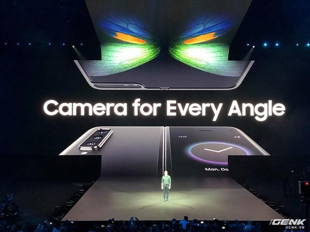 Smartphone màn hình gập Samsung Galaxy Fold chính thức ra mắt: Giá 1980 USD, màn hình 4.6 inch gập mở thành 7.3 inch, RAM 12GB, 6 camera, bộ nhớ trong 512GB UFS 3.0 - Ảnh 7.
