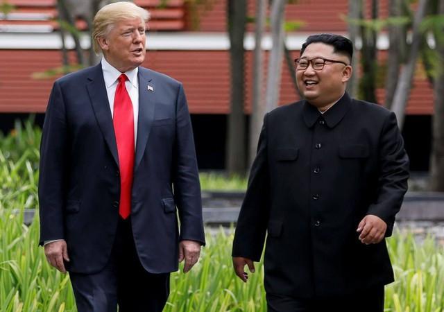 """Con đường từ kẻ thù tới tuyên bố """"phải lòng nhau"""" của Donald Trump và Kim Jong Un - Ảnh 5."""