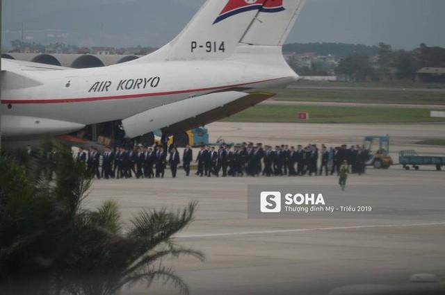 Lực lượng mật vụ tinh nhuệ của ông Kim Jong-un đổ bộ hùng hậu xuống Hà Nội - Ảnh 1.