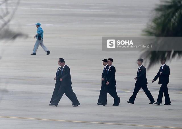 Nhân viên an ninh Triều Tiên tới một khách sạn lớn ở Hà Nội - Ảnh 18.